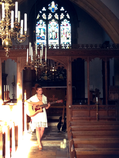 Rosie Hodgson and Rowan Piggott Folk Singers Fiddle Guitar The Wilderness Yet Church